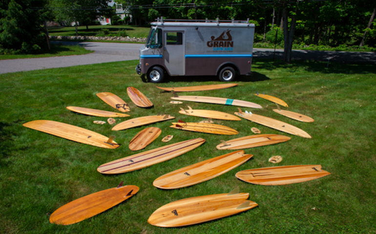 How to Build a Mobile Surfboard-Building Classroom